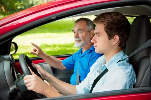 4 hodinový Kurz TEEN pro začínající mladé řidiče