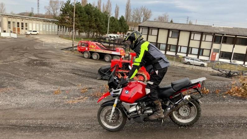 Základy jízdy v terénu na motocyklu